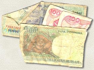 Worn Out Money Uang Pasar