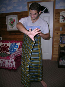 Tying on an Indonesian Men's Sarong - Step 3